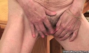 bouncing juggs fuck fuck finger granny hairy pussy old granny