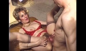 anal  fuck  hairy pussy  mature