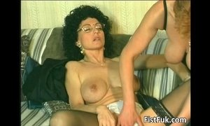 fingering fisting horny mature old cunt slutty mature